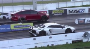 O Tesla Model X face de râs un Lamborghini Aventador [VIDEO]