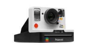 Polaroid ar putea reveni la glorie mulțumită Impossible Project