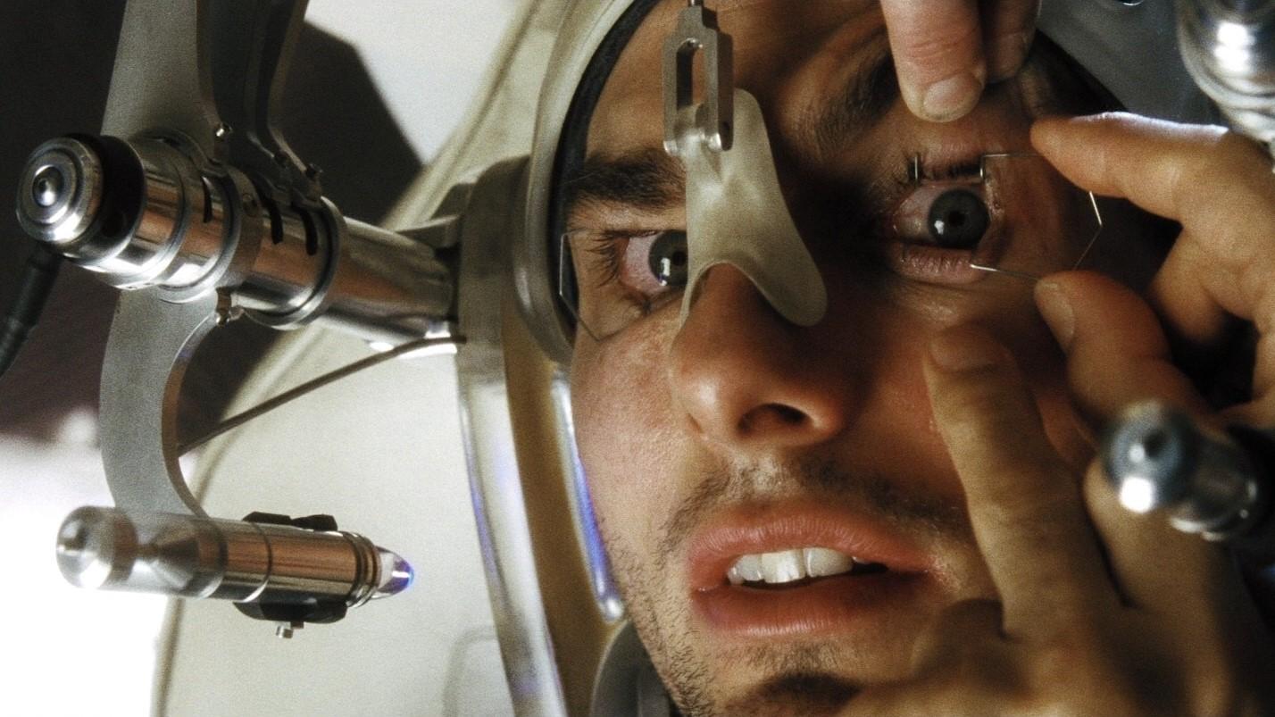 Gadgetul care i-a redat vederea: un implant de cornee sintetică a făcut minuni în cazul unui orb