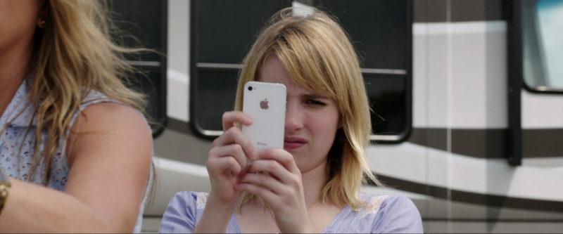 Cum au evoluat telefoanele în filme