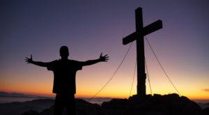 De ce ne îndreptăm către o societate fără Dumnezeu