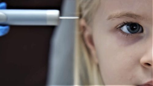 Serialul Netflix care îți arată nebunia părinților pentru siguranța copiilor