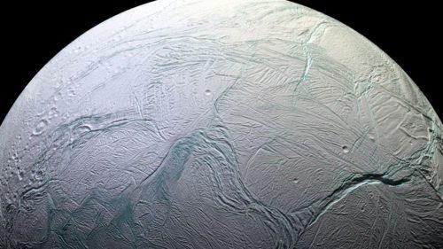 Enceladus, luna lui Saturn, are tot ce-i trebuie ca să găzduiască viață