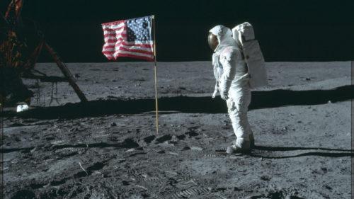 Pozele NASA care îți arată că omul a ajuns pe Lună