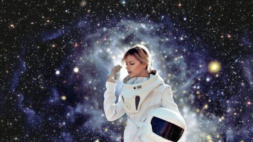 Cum rezolvă femeile astronaut problema menstruației