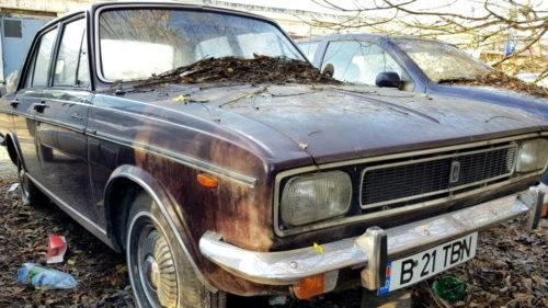 Cum arată mașina lui Ceaușescu abandonată acum în București