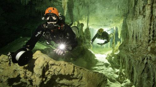 pesteri subacvatice mexic