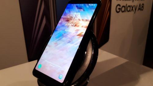 "Samsung Galaxy A8, în România: telefonul e bun, Androidul e ""antic"""