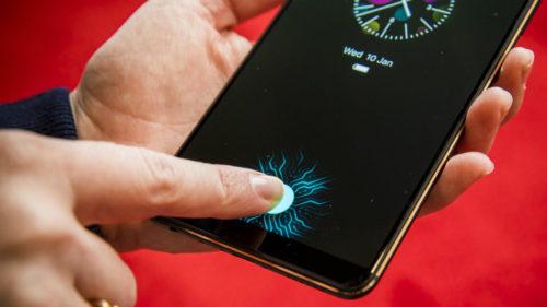 Primul telefon cu senzor de amprentă pe ecran a fost anunțat
