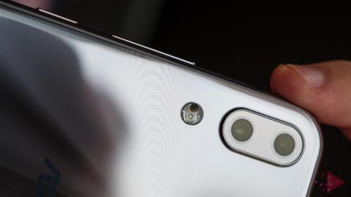 eMAG: telefoane prea ieftine pentru ce specificații oferă