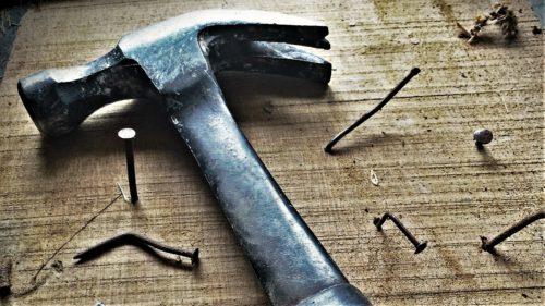Procesul prin care lemnul devine la fel de puternic și dur ca oțelul