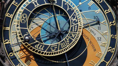 Ceasurile atomice au măsurat gravitația pentru prima dată