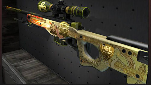 Arma din Counter Strike cumpărată la preț de apartament