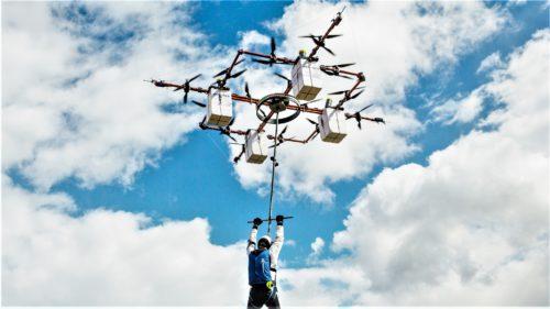 Drona care salvează oameni a fost creată într-o țară din Europa de Est