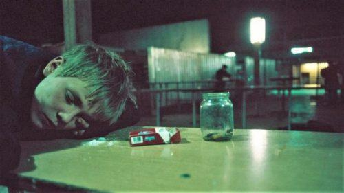 Haosul din Rusia anilor '90 în aceste poze îți aduce aminte de România