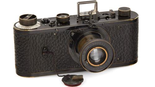 Cea mai scumpă cameră foto din lume a fost vândută la licitație
