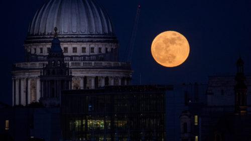 """Ce este """"Luna vierme"""", faza Lunii pe care nu ai băgat-o în seamă"""