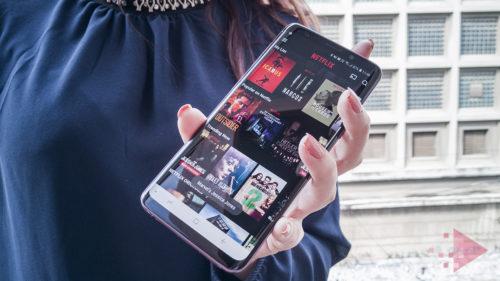 Top seriale Netflix la care să te uiți în timpul liber