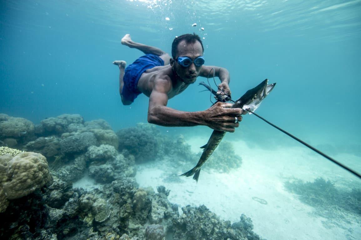 oameni rezisttentta sub apa record
