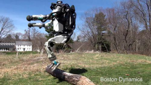 VIDEO Cel mai nou robot Boston Dynamics se ia la întrecere cu tine