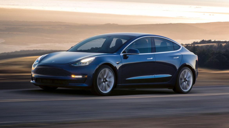 Hyundai Kona Pe Unde O Ia Suv Ul Mic Auto Bild Ro >> Cea Mai Ieftină Tesla Disponibilă Pentru Achiziție Ce
