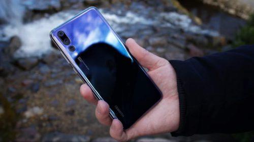 eMAG bagă reduceri nebune la început de an: Samsung, Huawei și nu numai