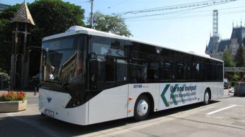 Orașul care a ales autobuze românești pentru transportul în comun