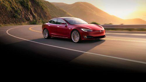 De ce mașina Tesla și-a izbit șoferul într-o barieră. Accidentul a fost fatal