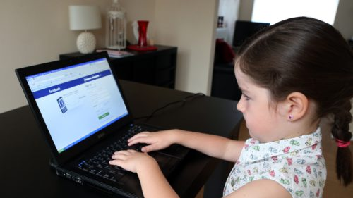 facebook-criticised-by-child-development-experts-over-messenger-kids