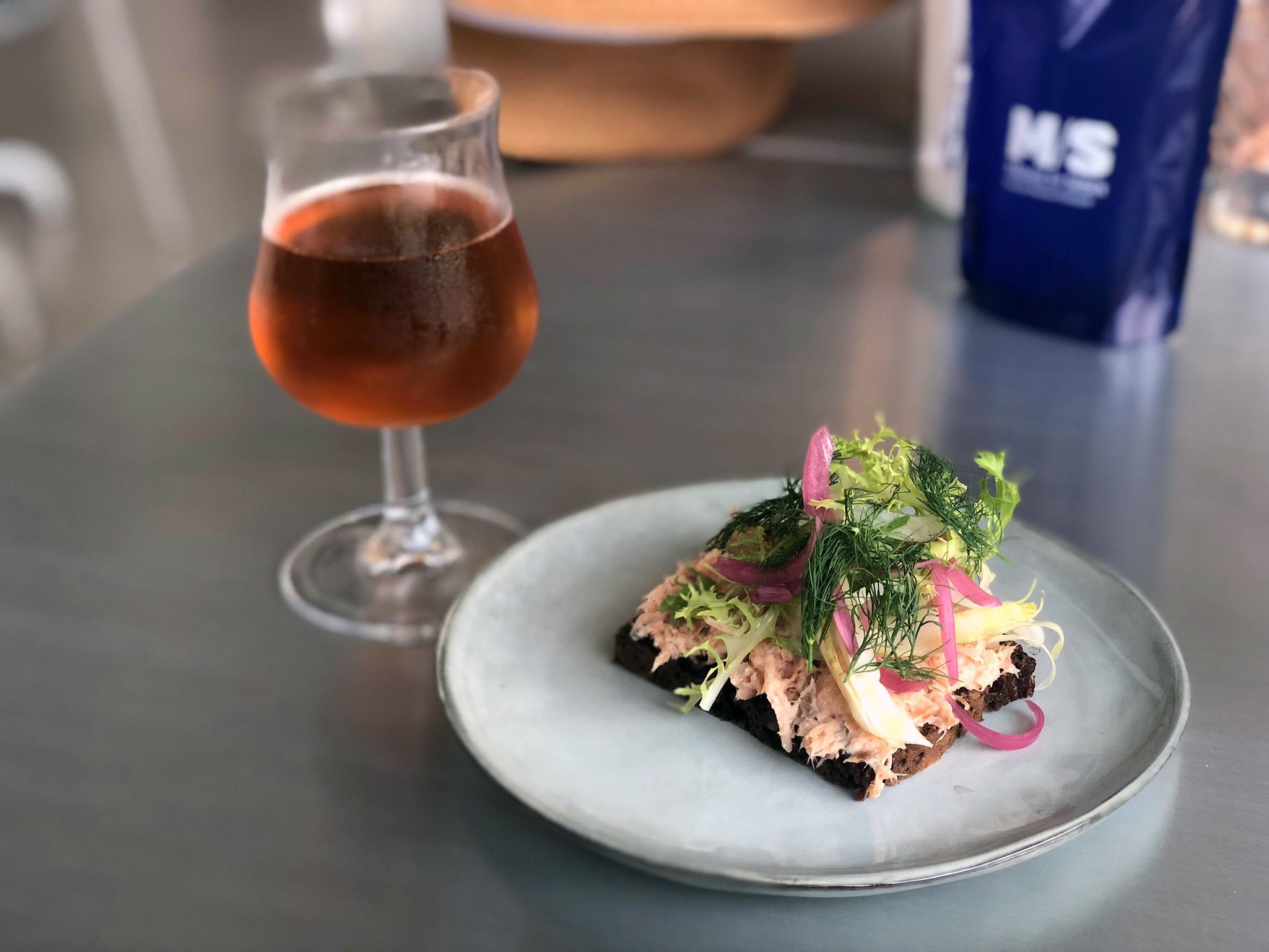 iPhone X - Smorebrod - mâncarea națională a danezilor