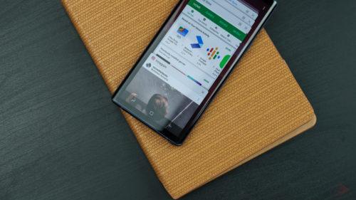 Samsung promovează Note 9 cu mesaje trimise de pe iPhone
