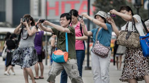 Ghidul turistic de care toți am avea nevoie, ca să fim civilizați oriunde