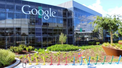 Fondatorii Google demisionează din fruntea companiei. Cine le va lua locul?