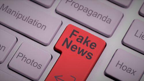 Guvernul moldovean răspândește știri false pe Facebook înainte de alegeri