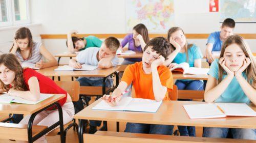Teleșcoală la TVR: astăzi, cursurile pentru elevii care se pregătesc de Bac și Evaluarea Națională