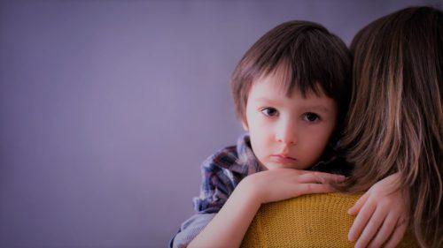 Riscul la care nu știai că-ți expui copilul dacă îl abuzezi fizic și emoțional