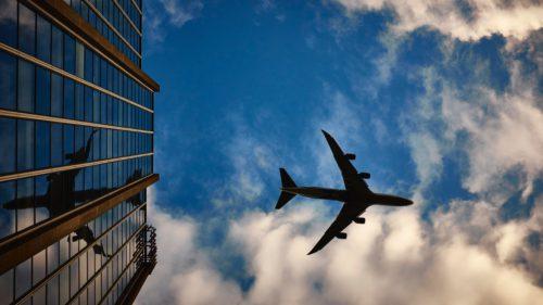 Datele a sute de mii de pasageri ai acestei companii aeriene au fost furate