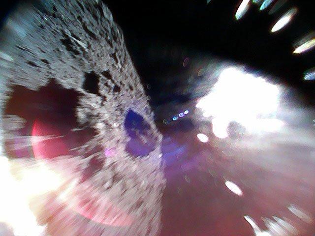 sonda spatiala imagini asteroid