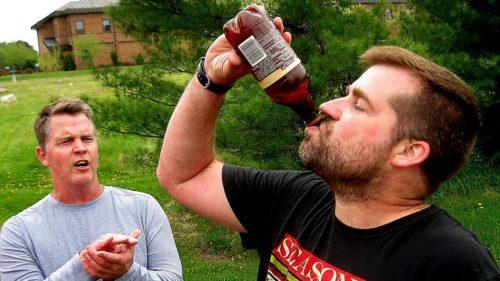 Ce boli poți să iei când bei apă după altcineva și nu știi cât de sănătos e