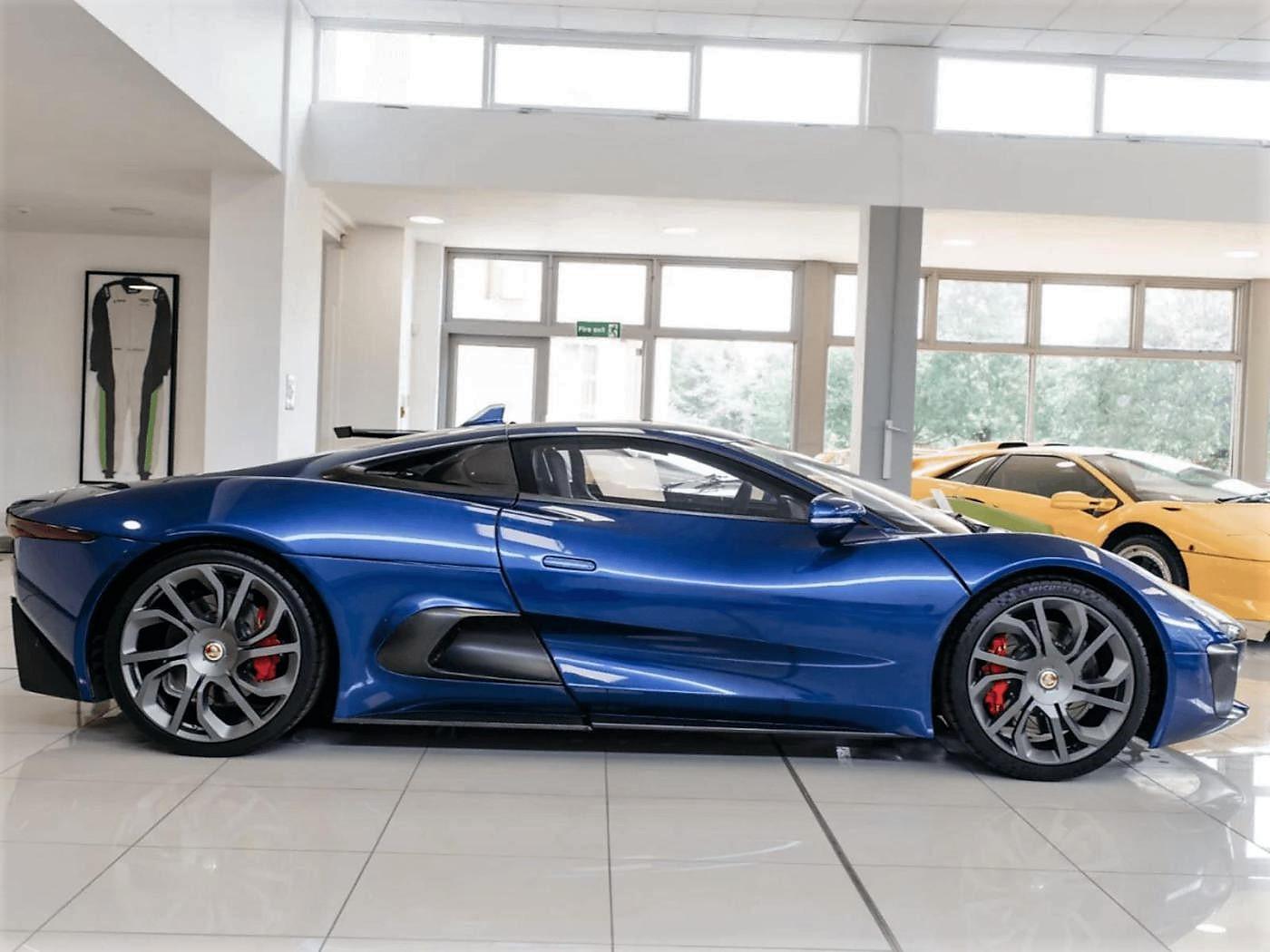 jaguar c-x75 spectre james bond