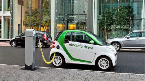 Cât o să te coste, de fapt, să-ți alimentezi mașina electrică