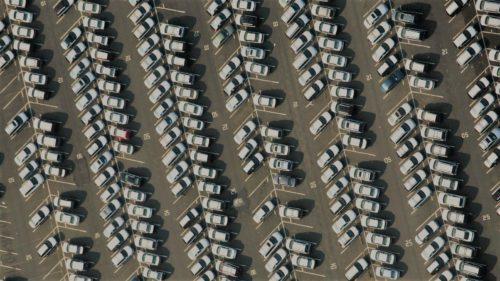 Mașinile viitorului vor pune capăt blocajelor din trafic și amenzilor