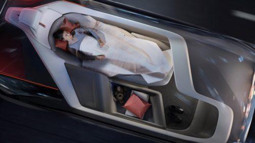 <span class='highlight-word'>VIDEO</span> Volvo îți arată că viitorul e un dormitor pe patru roți