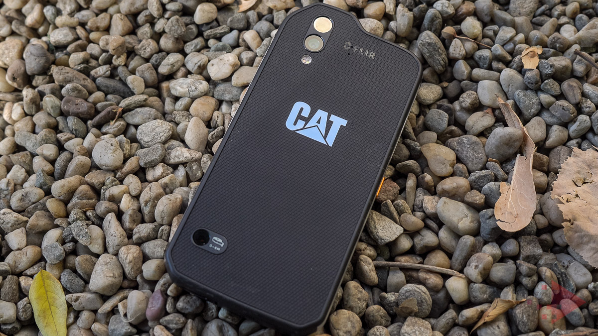 Review impresii Cat S61 smartphone