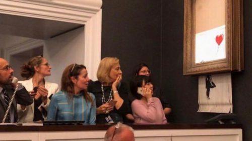 <span class='highlight-word'>VIDEO</span> Un tablou de Banksy s-a autodistrus după ce a fost câștigat la licitație
