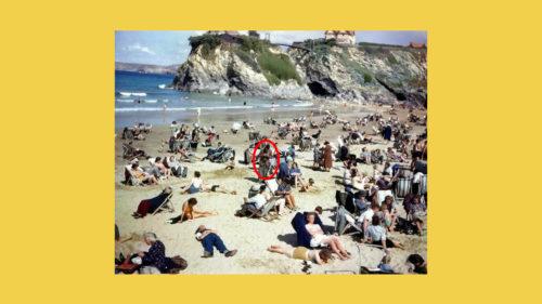 Dacă vezi un tip cu un telefon în această poză din 1943, uită-te mai atent