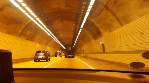 Exemplu de urmat: ce fac șoferii coreeni când traficul e blocat de un accident