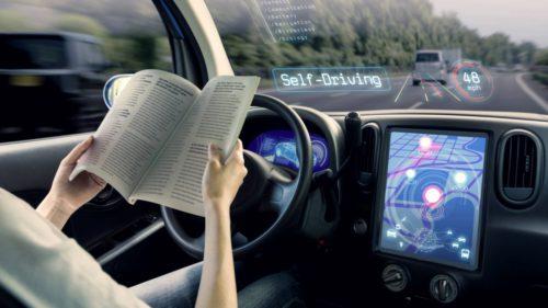 Cum ar putea hackerii să transforme traficul în haos din cauza mașinilor autonome