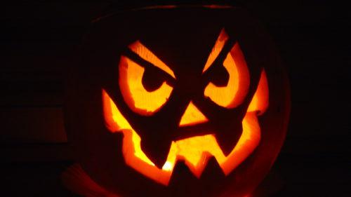Poți să fii plătit cu o mie de dolari dacă faci asta de Halloween