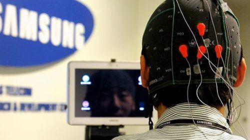 Televizorul smart de la Samsung pe care-l controlezi cu mintea